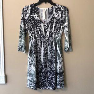 Medium pattered dress